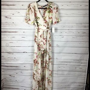 Other - NWT Beautiful Romper W/ Long Skirt. Size 1.